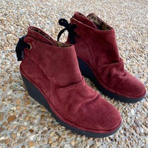 Fly London Yama Red Wedge Lace Up Bootie Size 38